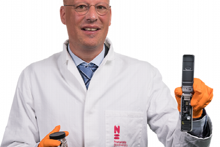 Dr. Arjen Speksnijder will still work togheter with his Naturalis colleagues in his new function